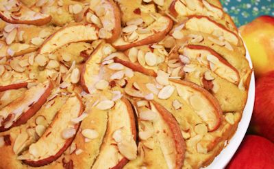 Apple Cake Topped with Almonds Recipe