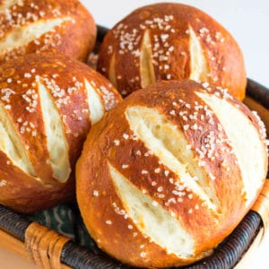 Pretzel Buns + VIDEO