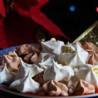 Eggnog Meringue Cookies